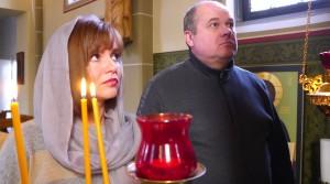Gläubige in der ukrainisch-orthodoxen Kirche in Neuss