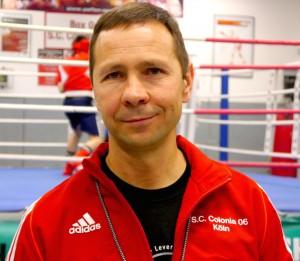 """""""Die Krim gehört zu Russland"""", meint der russische Coach Sergei Bril."""